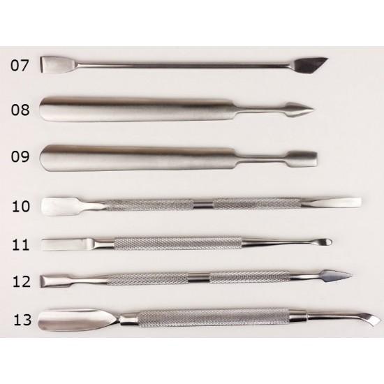 Įrankiai manikiūrui įvairūs pagaminti iš plieno