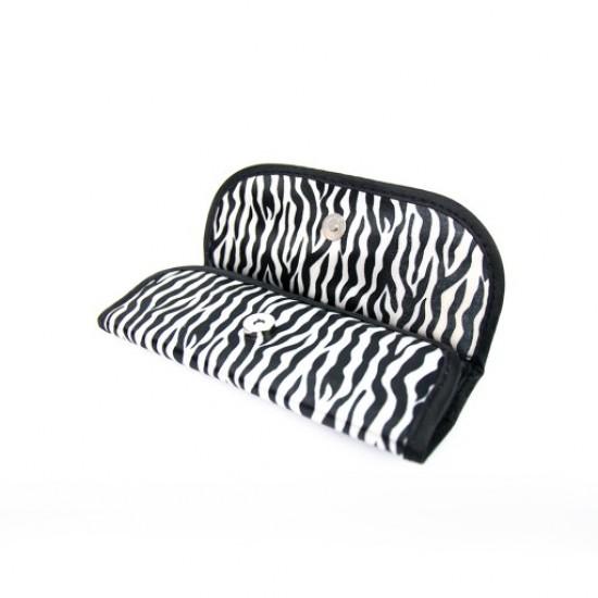 Dėklas skirtas septyniems teptukams zebra