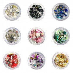 Įvairių formų ir atspalvių ornamentų mišinys nagų dailei indelyje