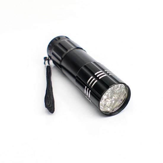 LED žibintuvėlis nagams