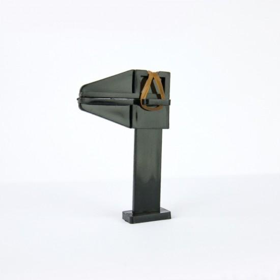 Plastikinis spaustukas nago formavimui